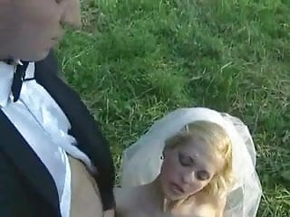 Horny Bride Sucks Off Wedding Party