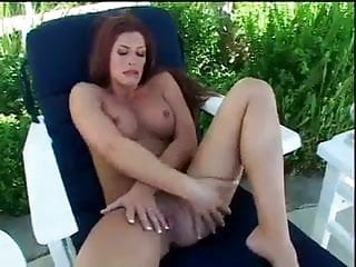 Hot Milf Enjoys Some Hardcore Solo Fun In Lawn Chair