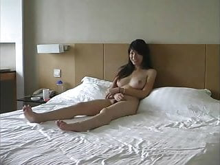Asian Couple Film Themselves Fucking !