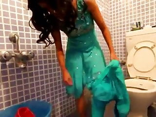 Indian Girl Strips In Toilet